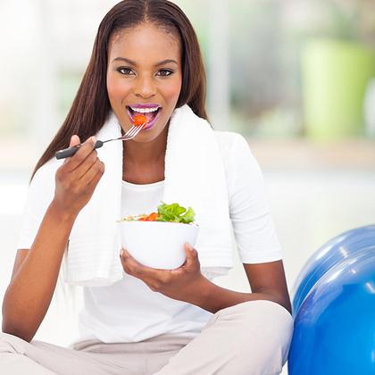 Những thực phẩm bổ dưỡng bạn nên ăn cho bữa sáng, bữa trưa, bữa tối - Ảnh 1.