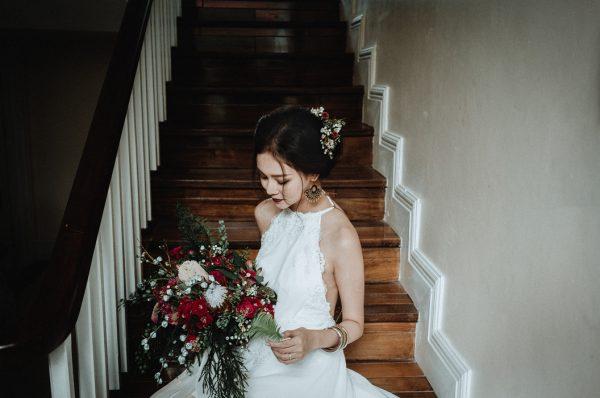 Có gì trong lễ cưới bí mật đẹp thoát tục của cặp đôi Việt được báo Tây ca ngợi hết lời - Ảnh 3.
