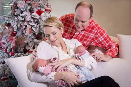 Lộ diện tiểu hoàng tử và công chúa đẹp lung linh cạnh tranh với hai con của công nương Kate - Ảnh 7.
