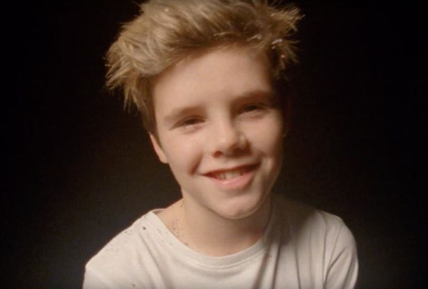 Harper đáng yêu xuất hiện trong video âm nhạc của anh trai - Ảnh 1.