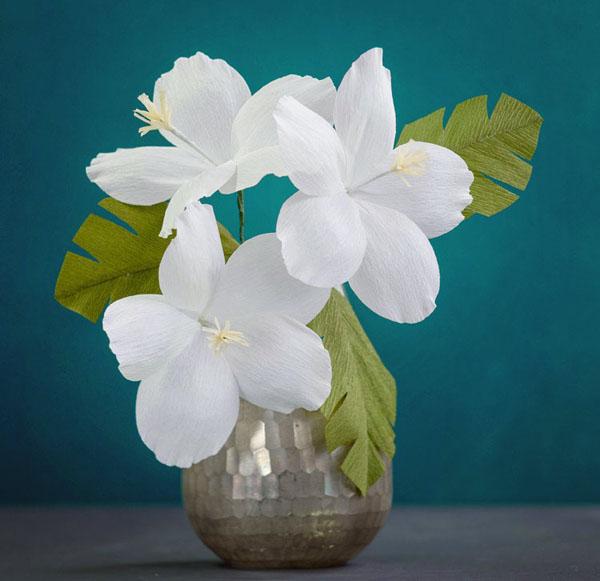 3 cách làm hoa giấy sắc trắng tinh khôi trang trí nhà đẹp tinh tế - Ảnh 5.
