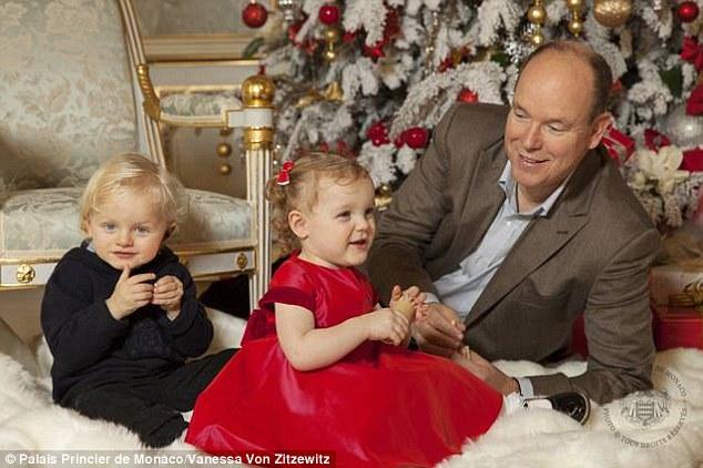 Lộ diện tiểu hoàng tử và công chúa đẹp lung linh cạnh tranh với hai con của công nương Kate - Ảnh 5.