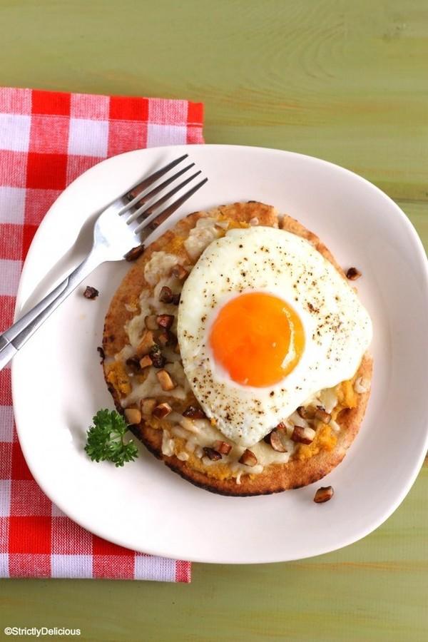 Trứng ốp la muốn ngon và đẹp như nhà hàng phải chiên thế này mới đúng - Ảnh 1.