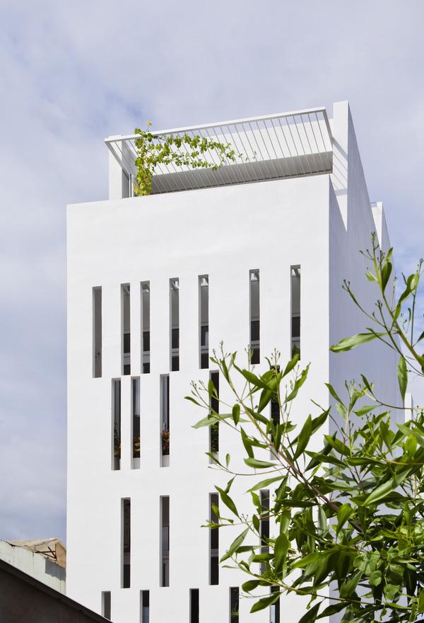 5 ngôi nhà Việt có thiết kế ấn tượng nhất năm 2016 khiến báo Tây khen nức nở - Ảnh 19.