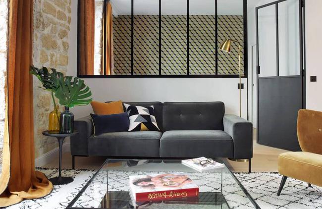 Căn hộ 45m² đơn giản mà đẹp xuất sắc với thiết kế cực hợp lý cho vợ chồng trẻ - Ảnh 1.