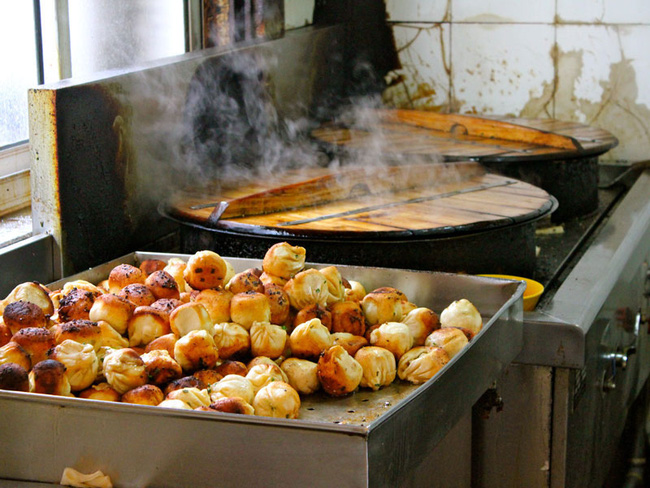 5 món ăn đường phố đã nếm một lần là mê ngay tắp lự ở Thượng Hải - Ảnh 1.