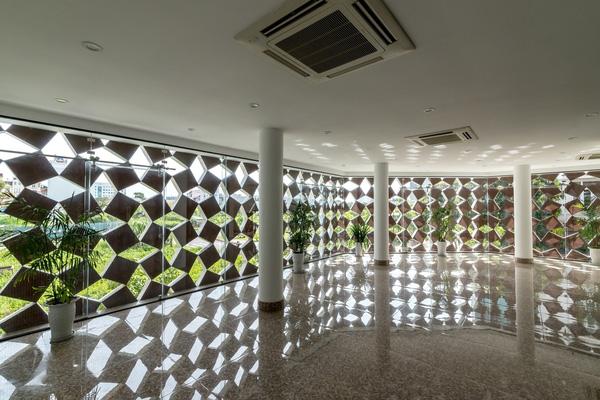 5 ngôi nhà Việt có thiết kế ấn tượng nhất năm 2016 khiến báo Tây khen nức nở - Ảnh 38.