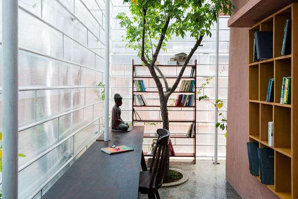 5 ngôi nhà Việt có thiết kế ấn tượng nhất năm 2016 khiến báo Tây khen nức nở - Ảnh 16.