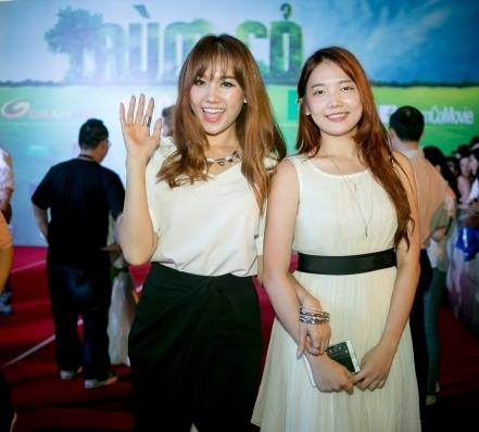 Cận cảnh nhan sắc cô em ruột kín tiếng xinh đẹp không kém Hari Won - Ảnh 7.