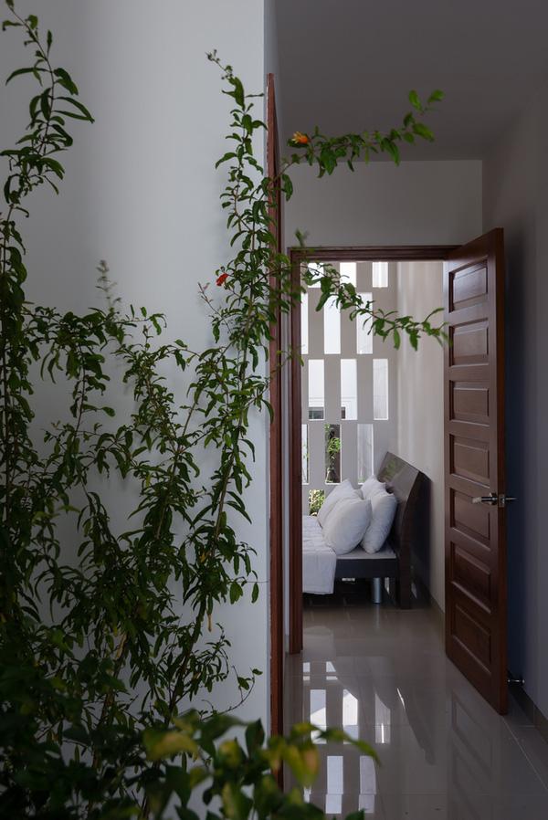 5 ngôi nhà Việt có thiết kế ấn tượng nhất năm 2016 khiến báo Tây khen nức nở - Ảnh 29.