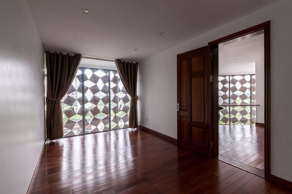 5 ngôi nhà Việt có thiết kế ấn tượng nhất năm 2016 khiến báo Tây khen nức nở - Ảnh 37.