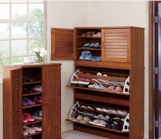 Rước xui vào nhà chỉ vì không biết cách sắp xếp tủ giày hợp lý - Ảnh 1.