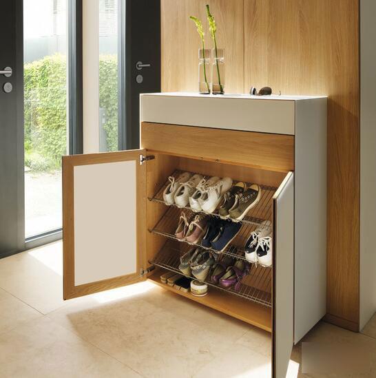 Rước xui vào nhà chỉ vì không biết cách sắp xếp tủ giày hợp lý - Ảnh 3.