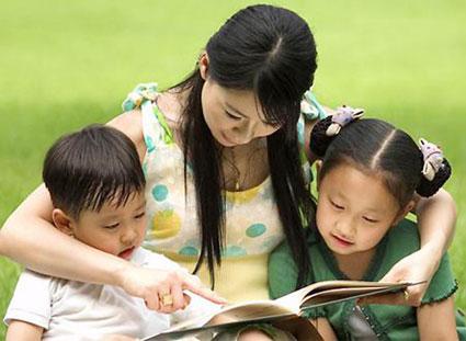 7 điều cần làm mỗi ngày để trẻ thấy mình được yêu thương - Ảnh 1.