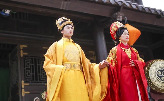 Ly kỳ chuyện nhặt vợ của hai ông vua nổi tiếng trong sử Việt - Ảnh 1.