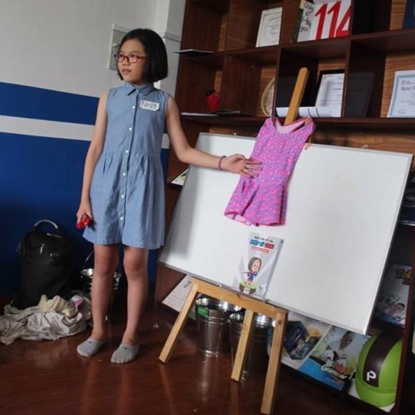 Gặp gỡ cô bé 10 tuổi tự soạn giáo án dạy cách phòng tránh xâm hại tình dục - Ảnh 4.
