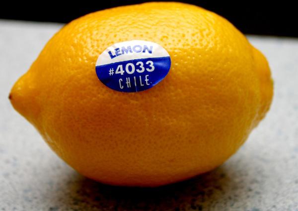 Để chọn trái cây nhập khẩu chuẩn ngon - an toàn đừng bỏ qua những con số sau đây! - Ảnh 1.
