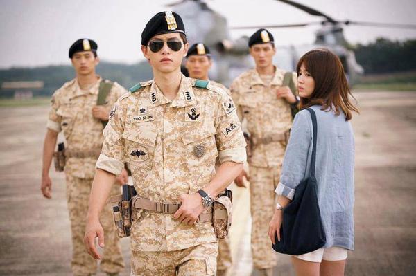 Ngẩn ngơ trước phong cách chuẩn soái ca ngôn tình của 3 mỹ nam phim Hàn - Ảnh 2.