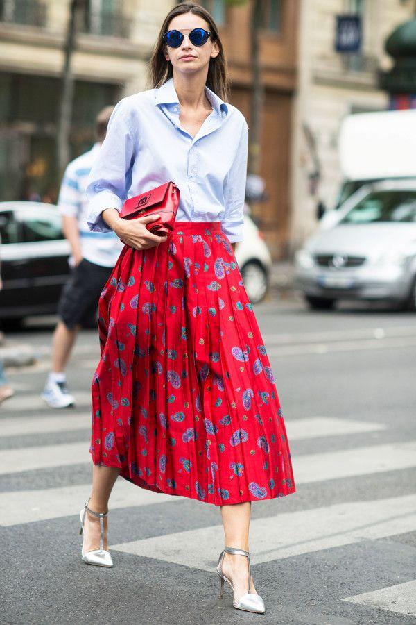 Đâu là chiếc áo diện cùng chân váy midi có thể nịnh dáng nhất - Ảnh 2.