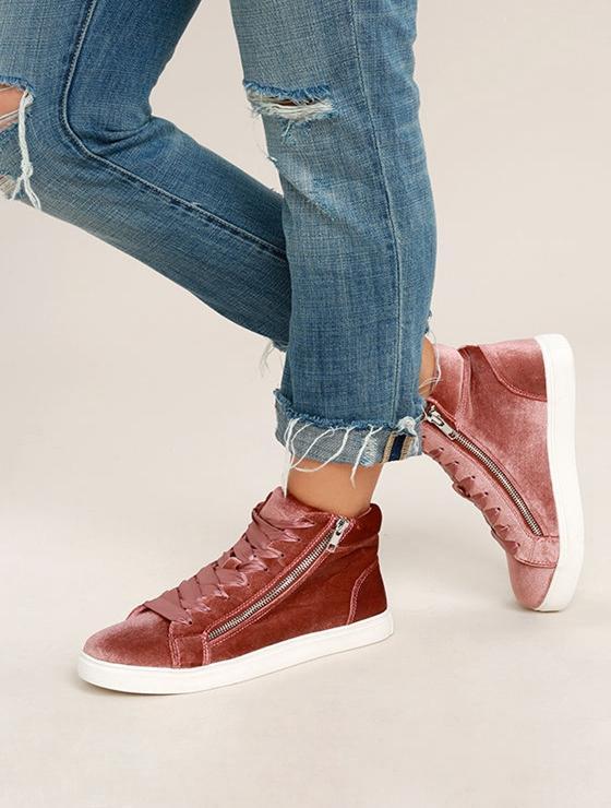Xu hướng sneaker Thu/Đông 2017 đang khởi động với 4 mẫu giày này - Ảnh 2.