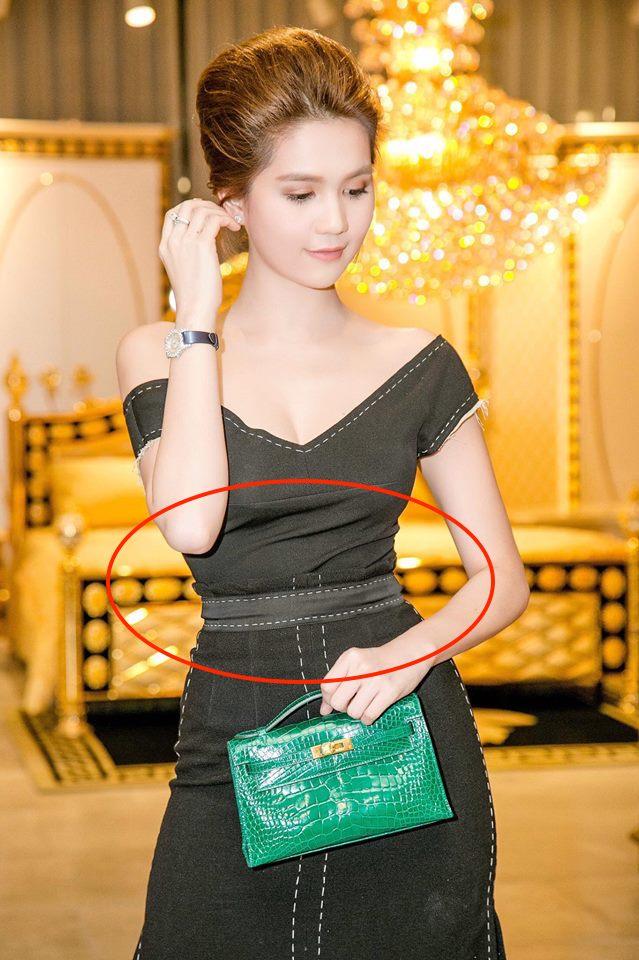 Vòng eo Ngọc Trinh bất hủ là thế mà tự nhiên bị phản chủ bởi một thiết kế váy ôm sát - Ảnh 2.
