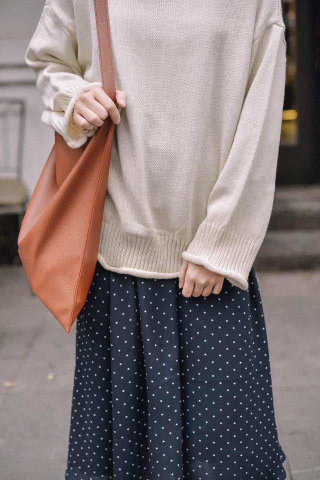 Để sắm áo len thật xinh diện trong mùa đông này, đừng bỏ qua 8 gợi ý dưới đây - Ảnh 2.