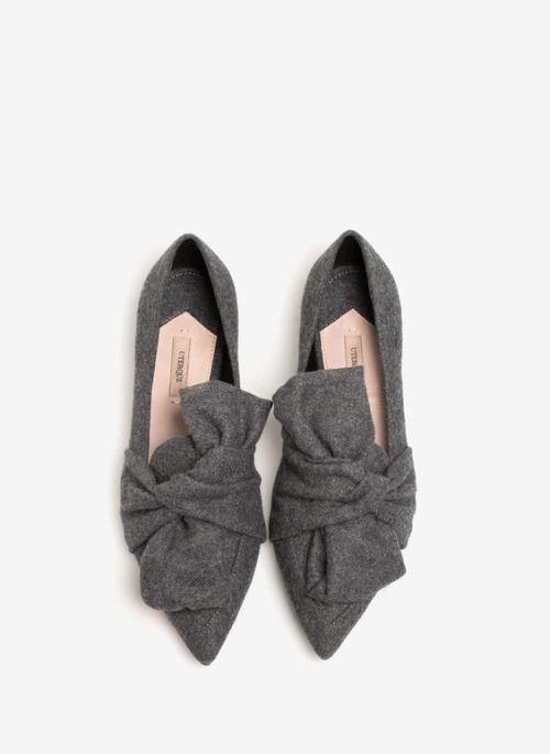Xu hướng giày dép 2017: Thời đại của những thiết kế bánh bèo thắt nơ - Ảnh 12.