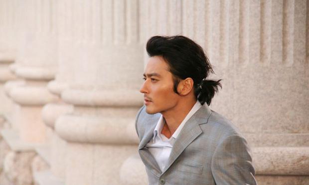 3 nam thần xứ Hàn để tóc dài nữ tính nhưng vẫn rất ngầu và đẹp xuất sắc  - Ảnh 4.