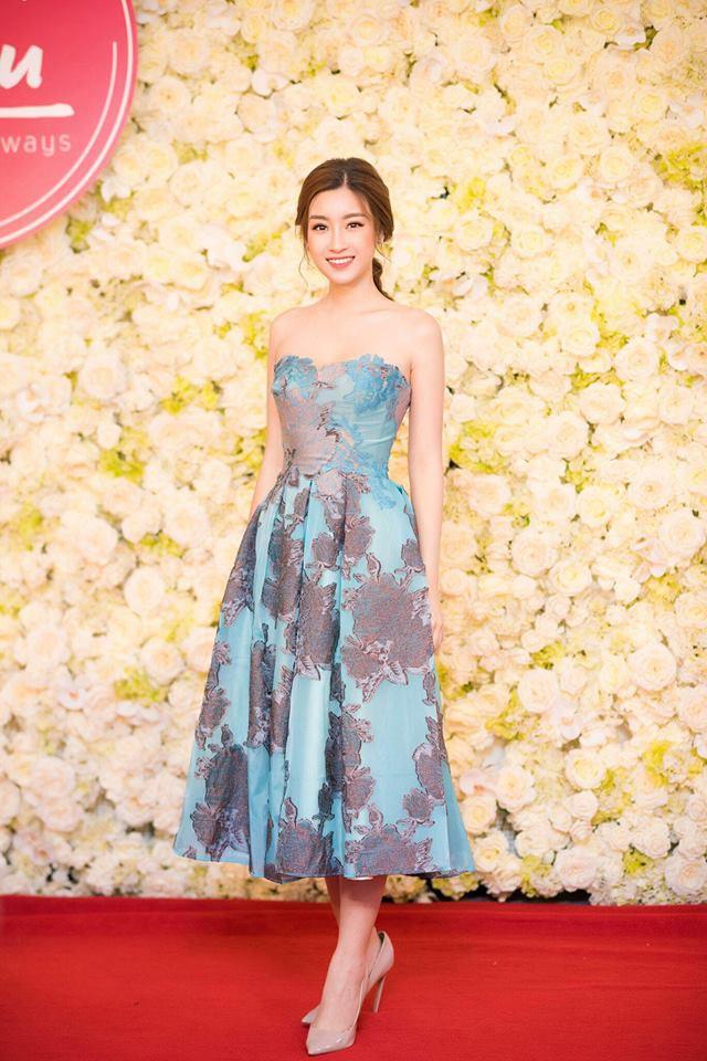 Năm 2017, đây là những người đẹp xứng danh nữ hoàng thảm đỏ showbiz Việt - Ảnh 9.