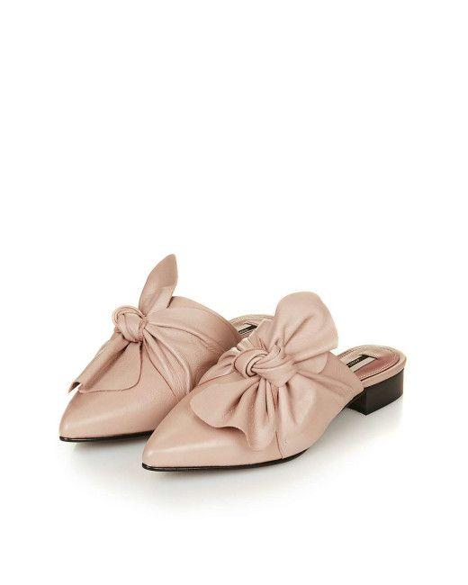 Xu hướng giày dép 2017: Thời đại của những thiết kế bánh bèo thắt nơ - Ảnh 13.