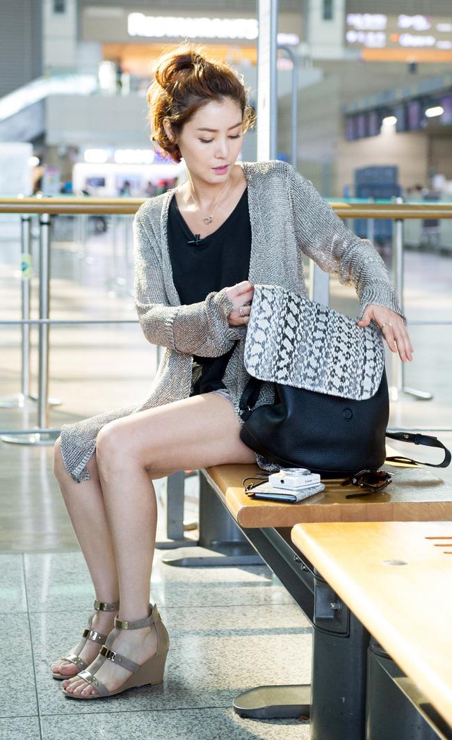 2 mỹ nhân xứ Hàn ở tuổi U50 rồi thế mà vẫn tươi trẻ như gái 20 thế này! - Ảnh 8.