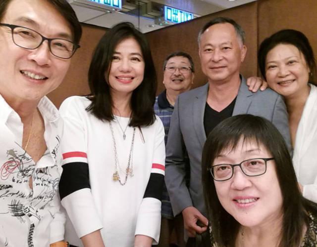 Chung Sở Hồng: Từ cô đào Hong Kong nóng bỏng giải nghệ để làm vợ đại gia đến góa phụ quyến rũ - Ảnh 15.