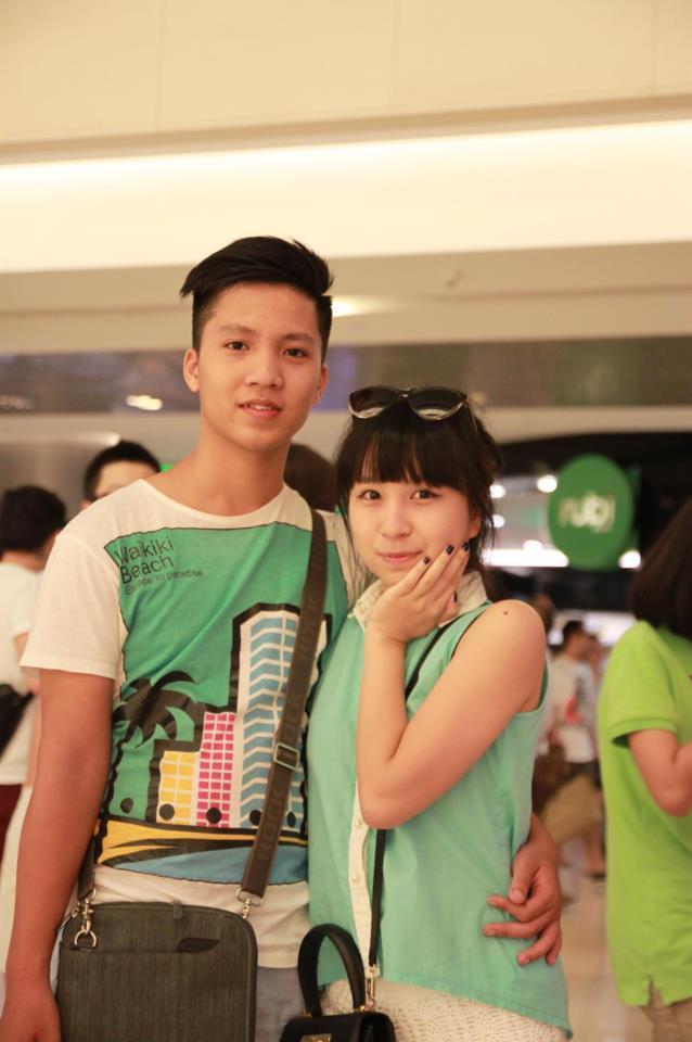 Cô gái khiến cả triệu phụ nữ ghen tị phát sốt vì màn cầu hôn đẹp hơn phim trên phố đi bộ Hà Nội - Ảnh 8.