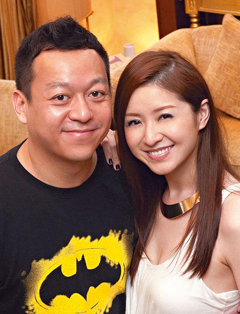 Là vợ đại gia, sống trong nhung lụa, mỹ nhân Hong Kong 3 con gái bị nhà chồng gây áp lực sinh bằng được con - Ảnh 10.