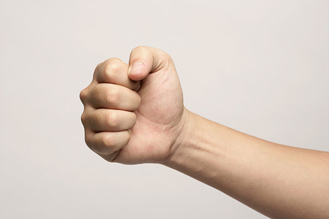Chỉ cần nắm chặt tay trong vòng 30 giây, bạn sẽ biết sức khỏe mình đang gặp vấn đề gì? - Ảnh 1.