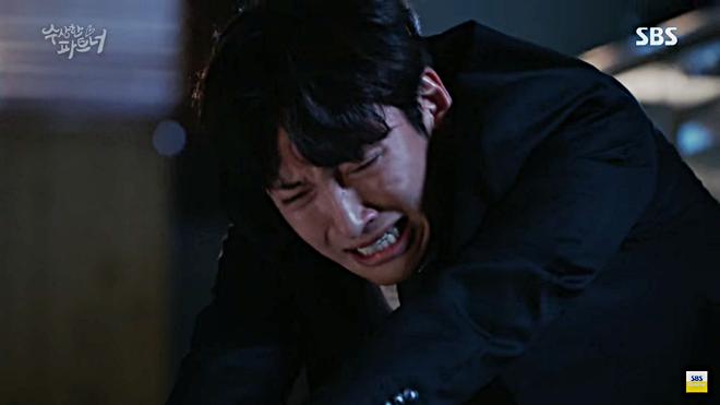 Mải lo cho bạn gái, Ji Chang Wook không ngờ một người thân đã chết như lời tiên tri - ảnh 5
