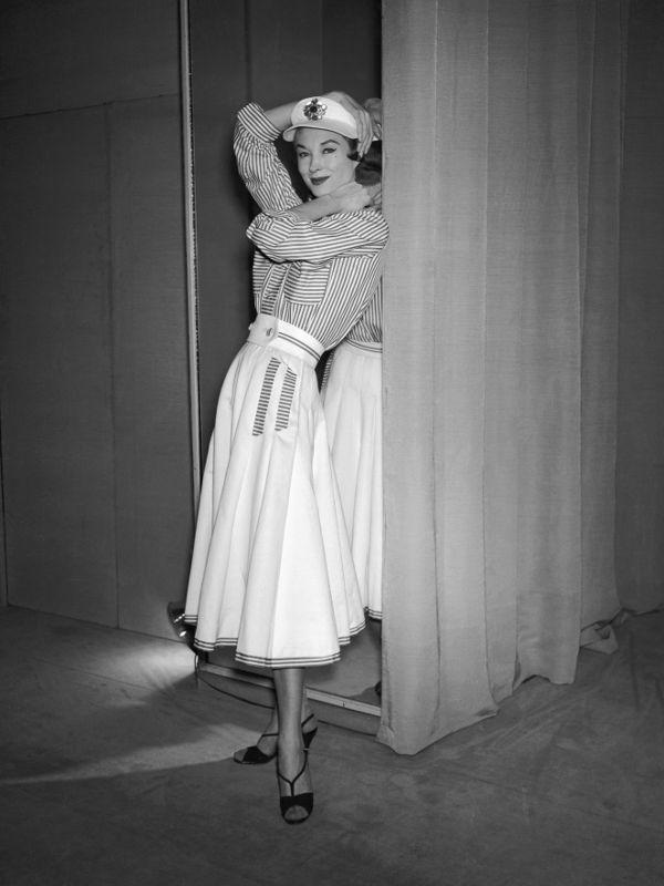 10 thiết kế chứng minh sự trường tồn theo năm tháng của biểu tượng thời trang Coco Chanel - Ảnh 14.