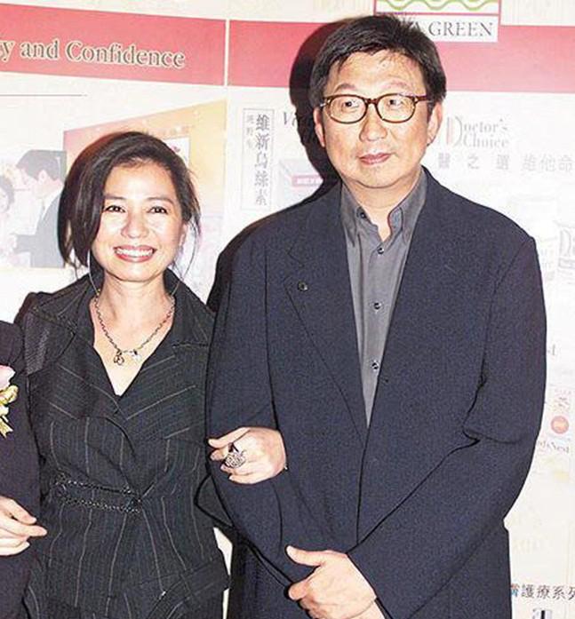 Chung Sở Hồng: Từ cô đào Hong Kong nóng bỏng giải nghệ để làm vợ đại gia đến góa phụ quyến rũ - Ảnh 13.