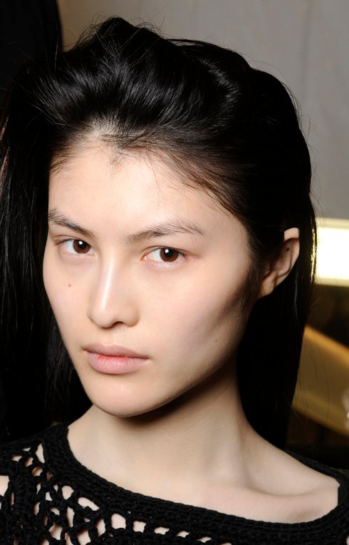 Sau biểu cảm mặt đơ, Sui He bị lục lại ảnh cũ và vướng nghi án thẩm mỹ vài bộ phận trên khuôn mặt - Ảnh 7.