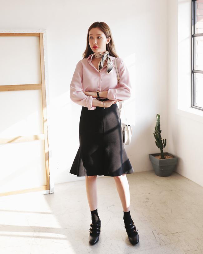 Nếu đã chán với váy ôm cơ bản, các nàng công sở hãy sắm cho mình kiểu chân váy đuôi cá - Ảnh 15.
