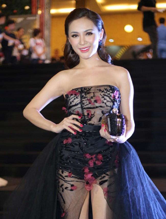 Vừa chăm hở bạo lại chọn nội y thiếu tinh tế: nhiều sao Việt tự ghi tên mình vào Top sao mặc xấu năm qua - Ảnh 15.