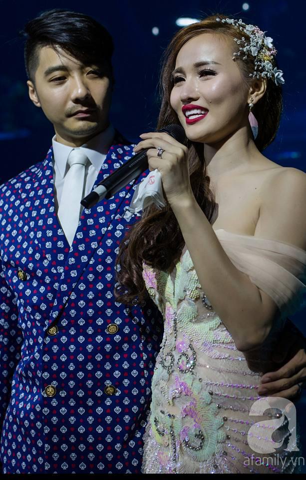 Cô dâu xinh đẹp kể chuyện từng không cho chồng soái ca Singapore làm quen chỉ vì ngoại hình anh quá... long lanh - Ảnh 7.