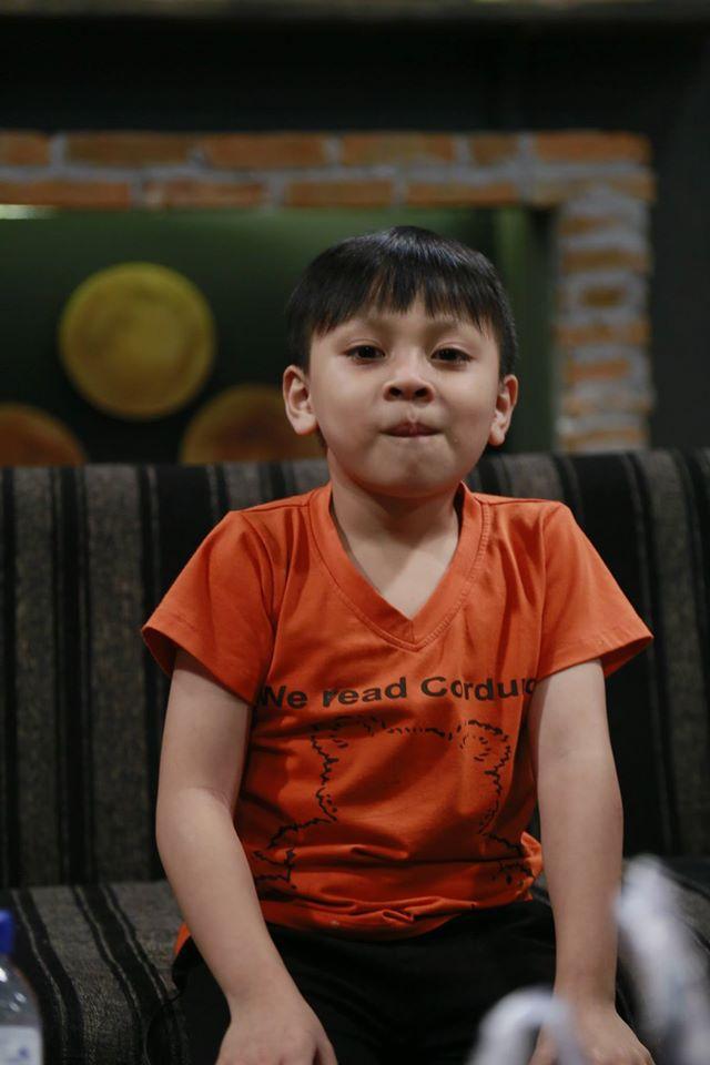 Hồng Đào khóc ròng vì Quang Minh dạy con siêu kỳ quặc - Ảnh 4.