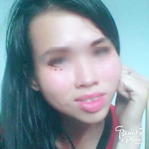 Cô gái có gương mặt đầy khuyết điểm được chỉnh sửa xinh lung linh nhờ phần mềm điện thoại - Ảnh 7.