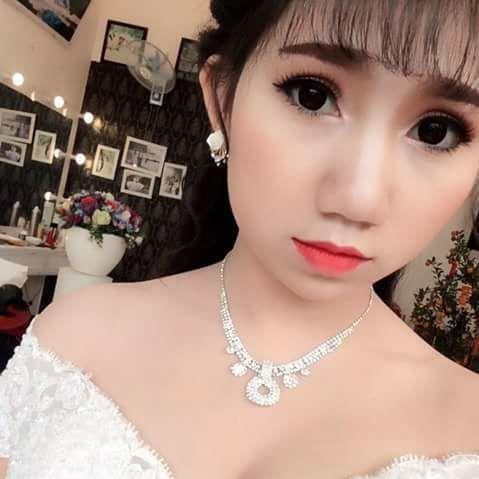 Chuyện hậu trường bất ngờ của cô dâu vừa mặc váy cưới vừa cho con bú gây sốt trên diễn đàn chị em - Ảnh 7.