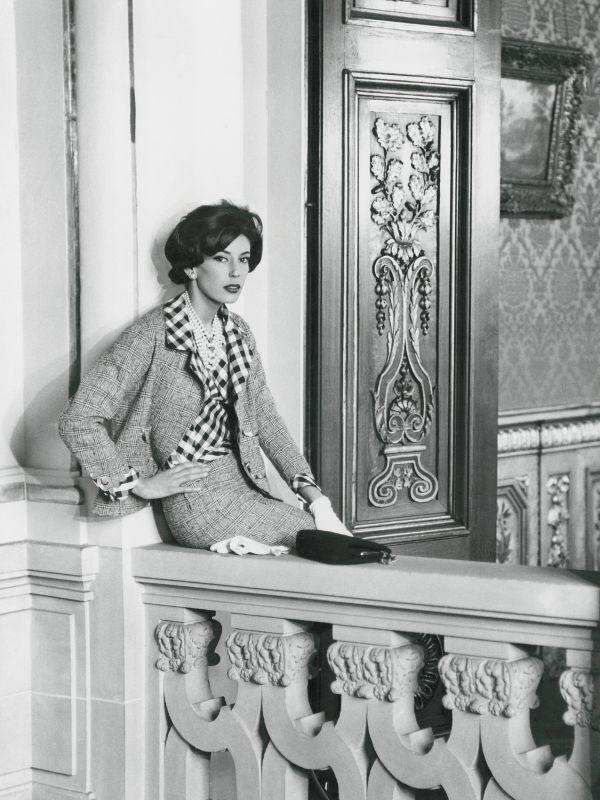 10 thiết kế chứng minh sự trường tồn theo năm tháng của biểu tượng thời trang Coco Chanel - Ảnh 17.
