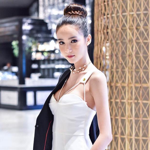 Nhan sắc nóng bỏng của cô nàng hoa hậu được mệnh danh là Angela Baby của Thái Lan - Ảnh 12.