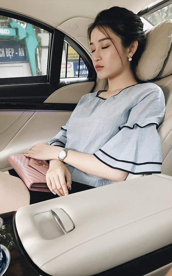 Trang thủ Zara đang sale mà lùng ngay mấy món đồ ruột của sao Việt thôi nào! - Ảnh 19.