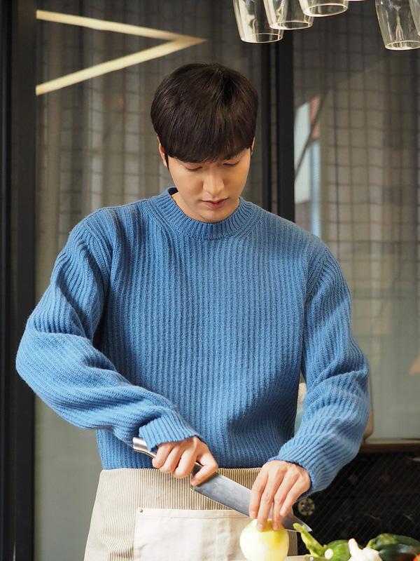 Ngẩn ngơ trước phong cách chuẩn soái ca ngôn tình của 3 mỹ nam phim Hàn - Ảnh 17.