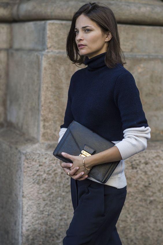 Đeo túi xách to nặng nhàm quá rồi, giờ muốn làm quý cô thời thượng thì phải cầm clutch đi làm mới chuẩn - Ảnh 3.